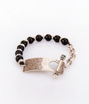 Βραχιόλι με πέτρες black onyx & ασημένιο (925'') κούμπωμα B000210