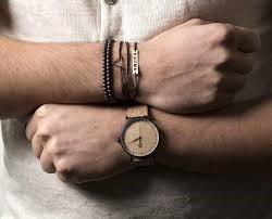 722d3d22e9 Ένα από τα βασικά αξεσουάρ των ανδρών είναι τα ρολόγια. Τα ρολόγια είναι  πρακτικά ενώ παράλληλα δίνουν άλλο κύρος στην εμφάνιση σου.