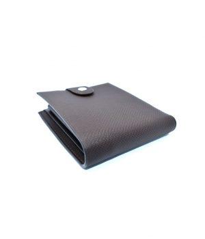 Ανδρικό καφέ πορτοφόλι με ανάγλυφη επιφάνεια PORT07