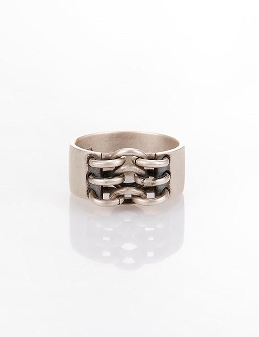 Ανδρικό δαχτυλίδι από ασήμι (925'') R000050